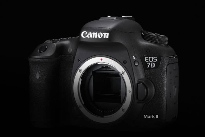 Bild der Canon EOS 7D Mark II